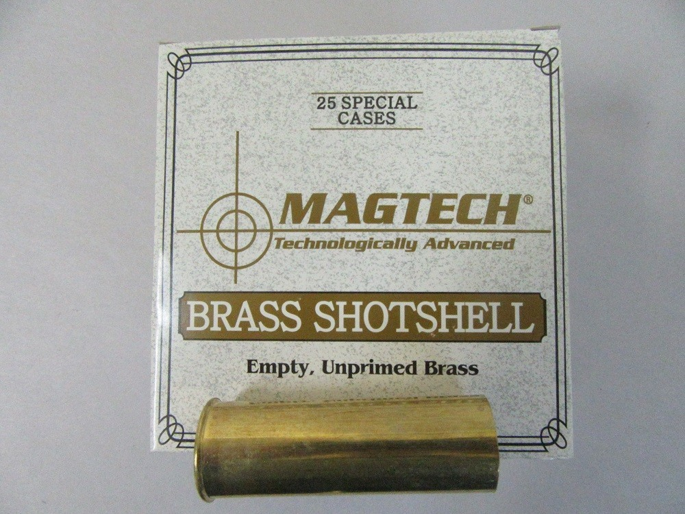 """Magtech - BRASS 12ga 2.4"""" UNPRM LP-PRIMER 25/b"""